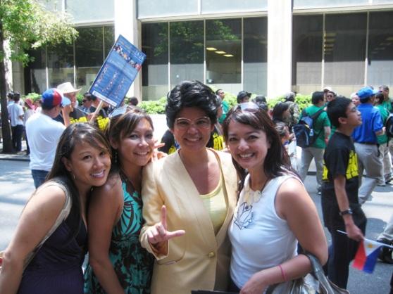 Cori, Anne, Cory Aquino (aka Liz Casasola), & Ardith @ NYC Filipino Day 2009